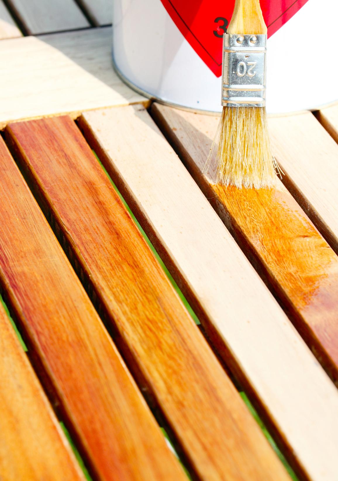 chemischer holzschutz wirksame und dekorative anstriche farbenhaus turgetto. Black Bedroom Furniture Sets. Home Design Ideas